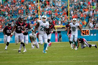 Miami_dolphins_v_houston_texan_0_1445785875